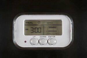 Navaris Automatische voerbak met LCD display 5kg capaciteit - Voederautomaat voor uw huisdier met timer